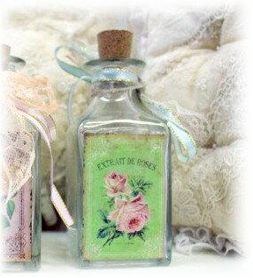 ■  ヴィクトリアンなガラス瓶 グリーンローズ 【アリスの時間】★