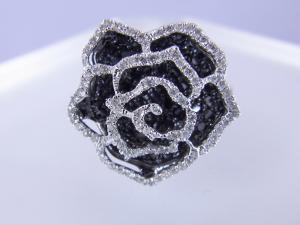 0.75CTブラックダイヤ&0.25CTホワイトダイヤローズリング【10P12Jul14】【_包装】