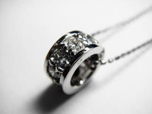 K18WGダイヤ ペンダント ネックレス 【送料無料】10P03Dec16【楽ギフ_包装】