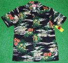 アロハシャツ|RJC(アールジェイシー)|RJC112|半袖|メンズ|ブラック(黒)|ハワイアン|海|浜辺|風景|ヤシの木|コットン100%|開襟(オープンカラー)|1万円以上お買い上げで送料無料