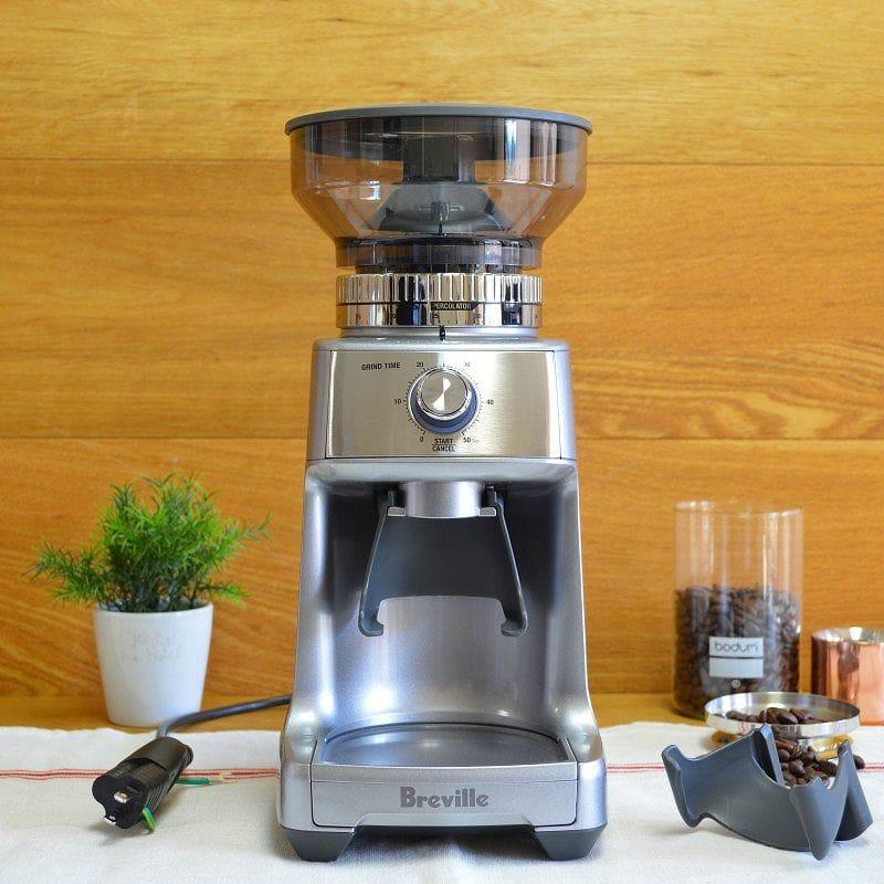 ブレビル 電動ミル 豆挽き グラインダーBreville BCG600SIL The Dose Control Pro Coffee Bean Grinder, Silver 家電