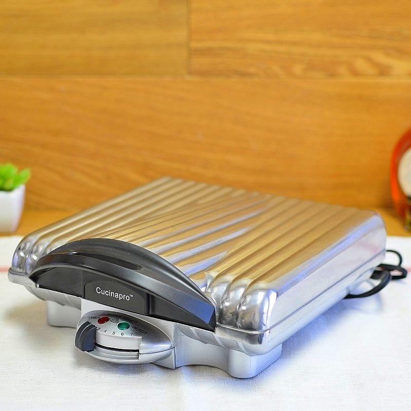 クチーナプロ ワッフルメーカー 四角 4枚焼 CucinaPro 1452 Belgian 4 Square Waffle Iron 家電