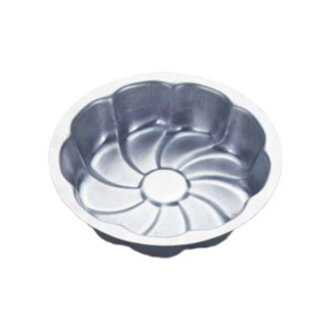 是用一種工具在蛋糕烘焙菊花 (菊花烘烤型) (cakeland) cakeland 麵包烘焙工具烘焙工具炊具 (鋼移動瀏覽 / 糖果工具和炊具) 麵包和糕點製作。