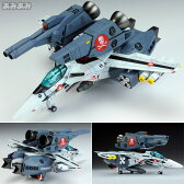超時空要塞マクロス 1/100 VF-1S ストライクバルキリー ファイター 一条輝機 プラモデル[WAVE]《発売済・在庫品》