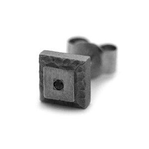 ブラックダイヤ付き岩模様チタンピアス(片耳用)