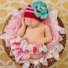 AW13【Huggalugs】【メール便ゆうパケット150円】赤と白のストライプ・大きなお花のニット帽(Festive Ziggy Beanie Hat )★S(0-6M)★M(6-24M)★L(2-6Y)ハガラグス/輸入インポート子供帽子