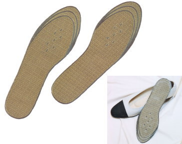 蒸れず summer comfort, winter in the far-infrared warm bei charcoal insoles for women 23 ~ 25 cm total 3,150 yen at least!
