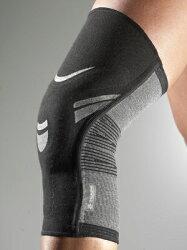 仏チュアンヌ社膝サポータージェヌプロは伸縮性に優れオーダーメードのようなフィット感!