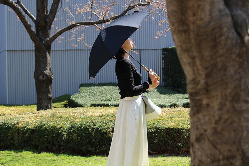 アンジェスタッフ愛用者多数!WAKAOの日傘の魅力、使い勝手、色々聞いてみました