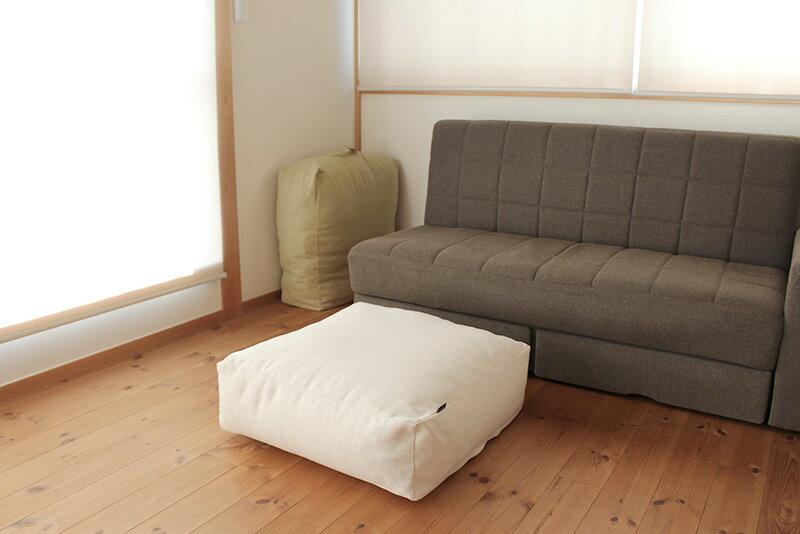 かさばる寝具がクッションに。インテリア映え抜群!掛け布団収納ケース