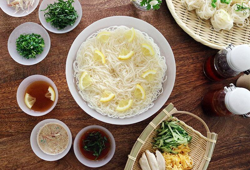 この夏、素麺を飽きずに楽しく!混ぜるだけで本当に美味しい素麺つゆレシピ