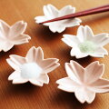 【ひな祭りパーティを演出】桜モチーフのお洒落な小皿セットをおしえて!