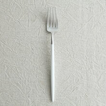 cutipol GOA ホワイト デザートフォーク