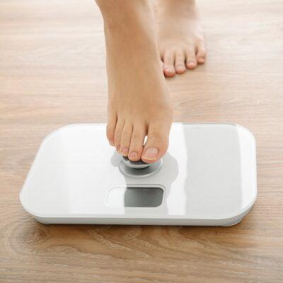 究極にエコな体重計。なんと「電池不要」!