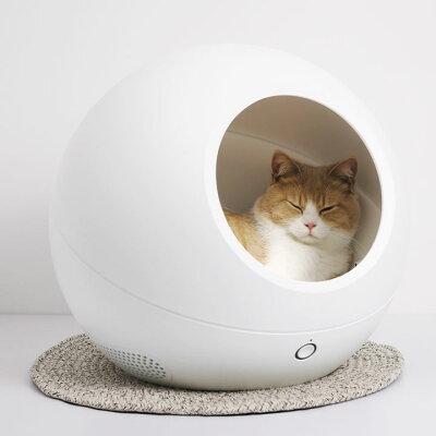 外出先からでもスマホで温度感知&温度調節可能!宇宙船みたいな近未来的ペットハウス