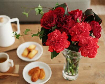 母の日/花/フラワーギフト/アレンジメント/花束/ブーケ /アンジェ2013母の日 花々が集うグラ...