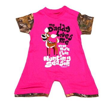 ☆☆☆【2枚までメール便対応可】BUCKWEAR-MORE THAN HUNTING SEASON INFANT GIRLS ROMPER PINKFEATURING REALTREE XTRA オフィシャル ロンパース【あす楽対応】