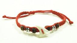 【メール便対応送料無料】サメの歯が編み込まれたミサンガ Made in Bali #レッド 【10P03Sep16】