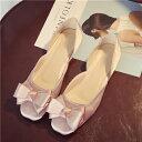 フラットフォーマルリボンパンプス サテン生地 パーティー ピンク・ブラック 結婚式 黒 痛くない ローヒール 3e 4e おすすめ 安い 大きいサイズ レディース 靴 あるいやすい 安い かわいい おしゃれ ドレス