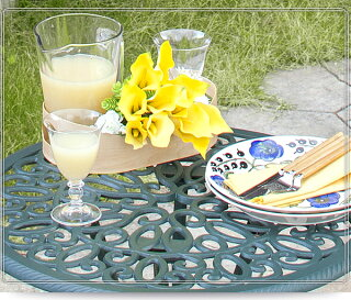 ガーデンテーブルセット/フロールカフェテーブル3点セット/アルミ/鋳物/青銅色/ファニチャー/庭/