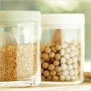 吸水性の高い自然素材、「呼吸する素材」として注目されている珪藻土(けいそうど)でつくられ...