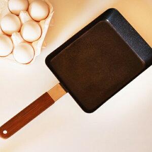 「鉄」という熱伝導にすぐれる素材に油によく馴染み焦げ付きにくい「ファイバーライン加工」を...