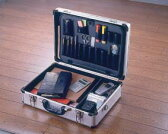 工具箱 アルミ アルミケースAM-15送料無料 工具箱 CD・ゲーム・カメラの収納に アタッシュケース キャリングバッグ アルミケース ビジネス 収納ケース アイリスオーヤマ