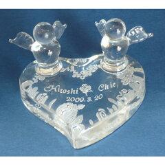 友達の結婚祝いのプレゼントとしても最適ガラスリングピロ−結婚式に、ペアリングをハートのガ...
