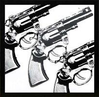エリン・クラーク「銃/ガン」