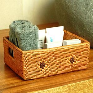 バリ島の天然素材で編まれた人気のアジアン雑貨アタで編まれた四角い小物入れトレイ型バスケッ...