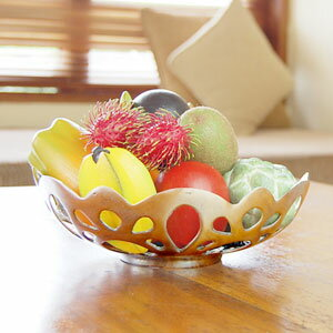 アルミ製の可愛い果物カゴ[10479]【バリ雑貨・アジア雑貨・アジアン雑貨】【バリ島のアジアンバスケット】