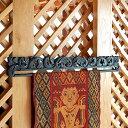 木彫りのイカットハンガー[Aタイプ][5031]【アジアン 布 壁掛け アジア布 インドネシア タペ ...
