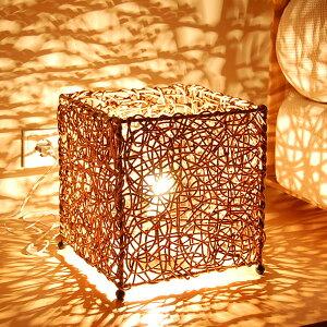 【LED電球対応】アジアン照明ならではの幻想的な光と影が浮き出るバリ島の人気アジアンランプ【...