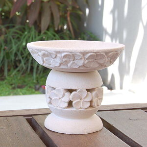 ホワイトパラスでできたバリ島の人気アジアン雑貨プルメリアをモチーフにしたパラス石製アジア...