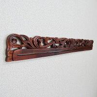 花の木彫りのイカットハンガー1m