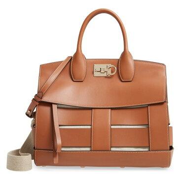 サルヴァトーレ フェラガモ レディース ハンドバッグ バッグ Salvatore Ferragamo Medium The Studio Cage Leather Top Handle Bag Sella