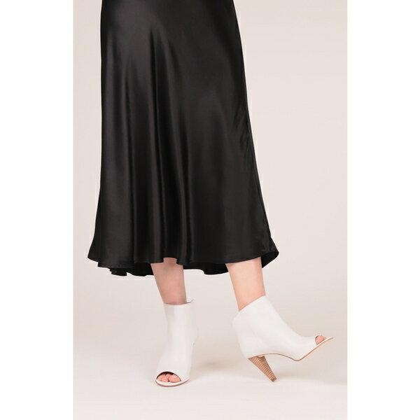 アイグナー レディース ブーツ&レインブーツ シューズ Etienne Aigner Simone Peep Toe Bootie (Women) White Leather