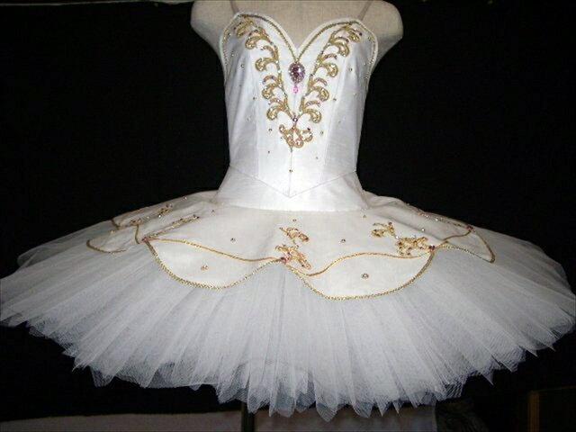バレエ衣装レンタル クラシックチュチュ 12 パキータ  オーロラ 白 チュチュレンタル 【レンタル】
