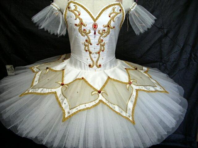 バレエ衣装レンタル クラシックチュチュ 13 パキータ  オーロラ 白 チュチュレンタル 【レンタル】