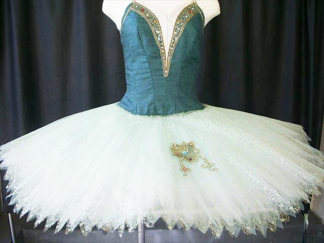 バレエ衣装レンタル クラシックチュチュ 93−2 緑 エスメラルダ チュチュレンタル 【レンタル】