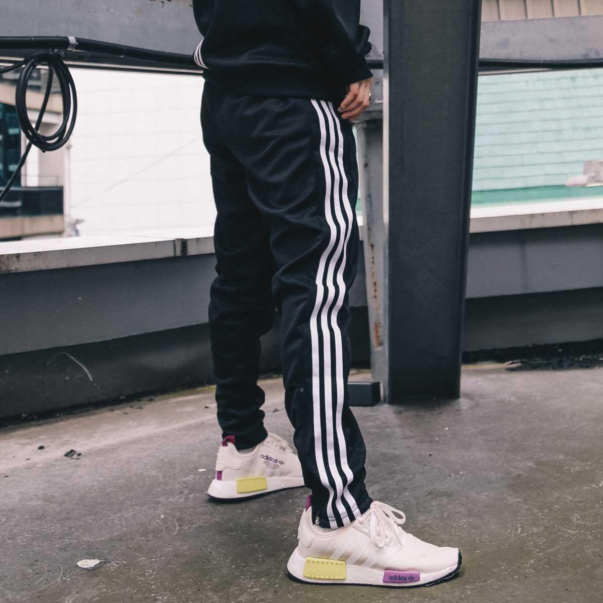 メンズファッション, ズボン・パンツ adidas M WU PT atmos ( M WU PT )BLACKWHITE 18FW-S