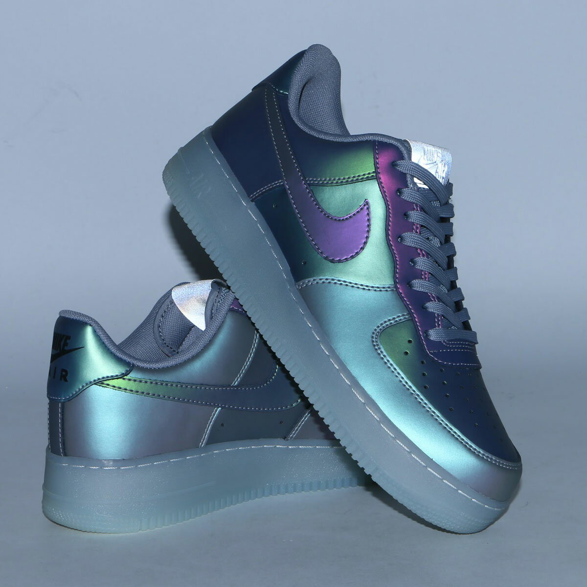 NIKE AIR FORCE 1 '07 LV8(ナイキ エア フォース 1 07 LV8)ANTHRACITE/ANTHRACITE-STEALTH17SU-S