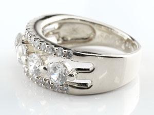 婚約指輪 エンゲージ ダイヤモンド プラチナリング 幅広 ダイヤ ストレート レディース ブライダルジュエリー ウエディング 贈り物 誕生日プレゼント ギフト ファッション お返し 妻 嫁 奥さん 女性 彼女 娘 母 祖母 パートナー