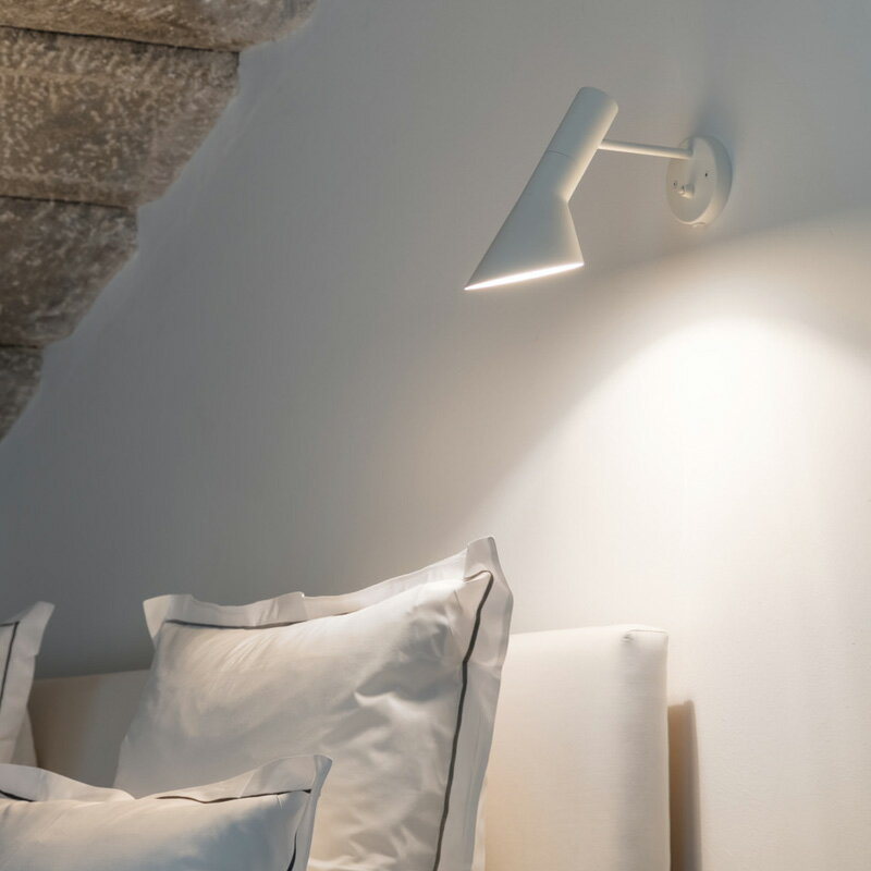louis poulsen aj wall aj arne jacobsen. Black Bedroom Furniture Sets. Home Design Ideas