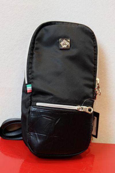 efd2d4a7bd30 1996年に創設されたウェア&バッグの新進ファクトリーブランドOrobianco(オロビアンコ)は、イタリア語で「白金、貴重な物」という意味を持ち、チベット旅行の際に現地  ...