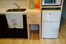 引出し付きキッチン隙間台
