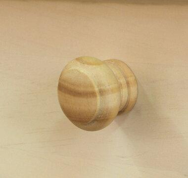 柔らかい手触りの木製取っ手