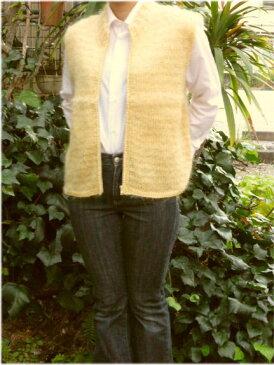 【レディースベスト】カナリヤ色モヘアのジッパー付き手編みベスト