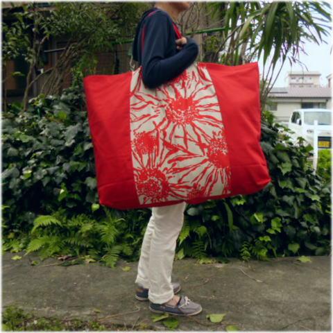 【布団バッグ】【入園準備】【レギュラーサイズ】赤いひまわり手作りお昼寝布団バッグ