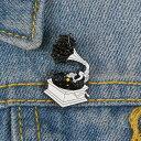 ピンバッジ ピンブローチ メンズ レディース アクセサリー ラペルピン エナメルコート ミュージック 音楽 蓄音機 LP レコード カセットテープ 面白いイラスト風 バッジ 2
